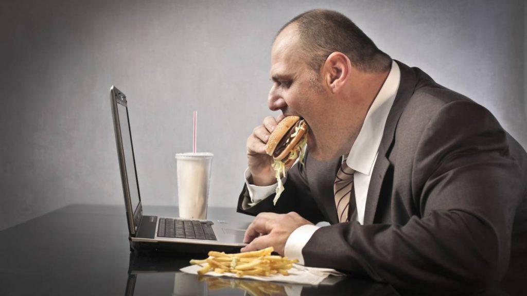 mala alimentación operación reducción de estómago
