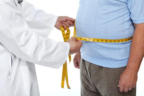consulta médica pesaje operación reducción de estómago
