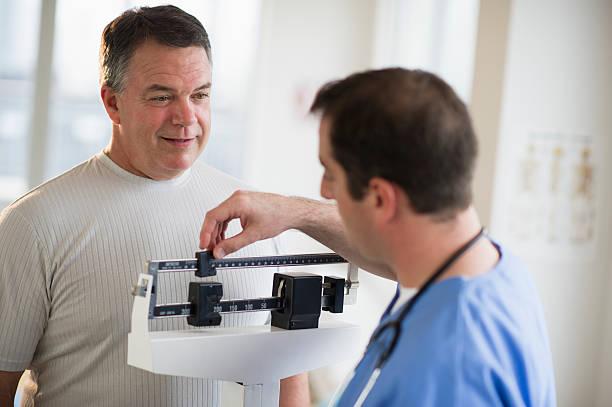 consulta médica pesaje reducción de estómago antes y después