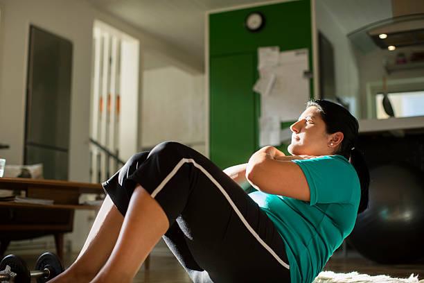 reducción de estómago riesgos ejercicios caseros